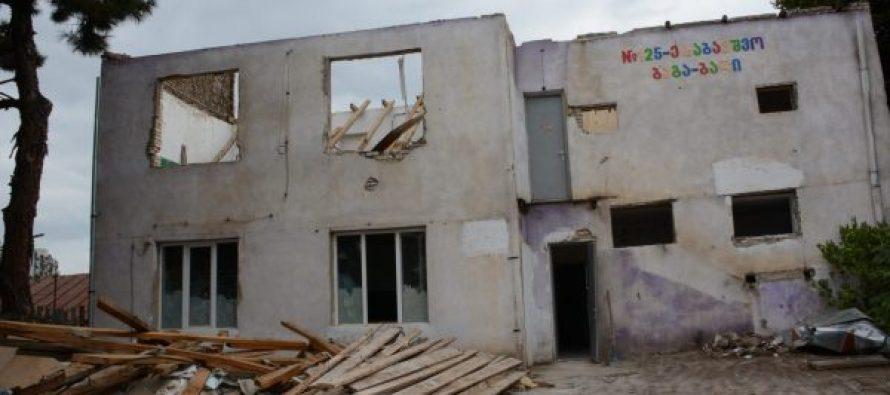 ჩუღურეთში N125 ბაგა-ბაღის დემონტაჟი დაიწყო