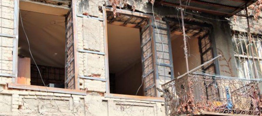 წმინდა ნიკოლოზის  N14-ში საცხოვრებელი სახლის გამაგრების სამუშაოები მიმდინარეობს