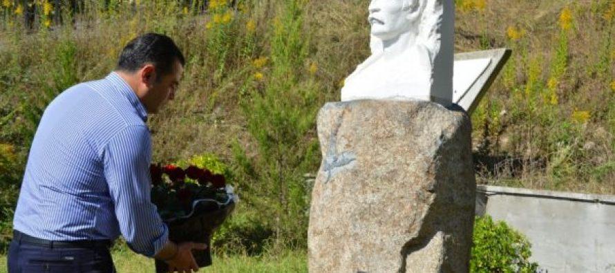 ალექსანდრე მოწერელია – მერაბ კოსტავას  შემოქმედება და ღვაწლი განუსაზღვრელია ქართველი ერის წინაშე