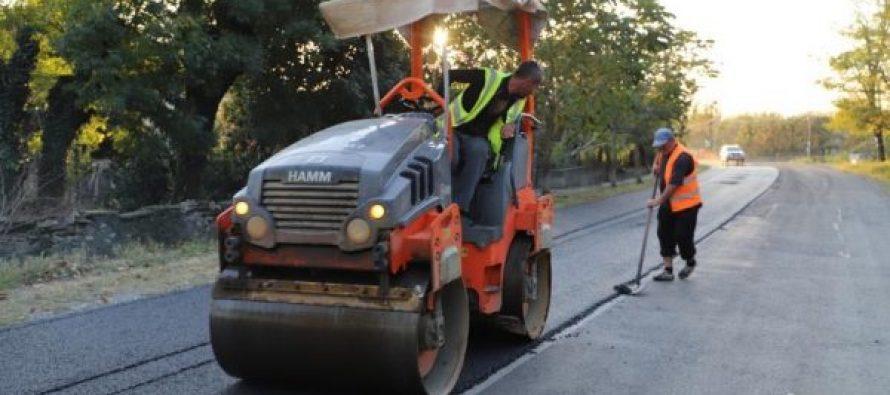 აბაშა-მარტვილის შიდა  დამაკავშირებელი  გზის  15-კმ-იან  მონაკვეთზე სარემონტო სამუშაოები ინტენსიურად მიმდინარეობს
